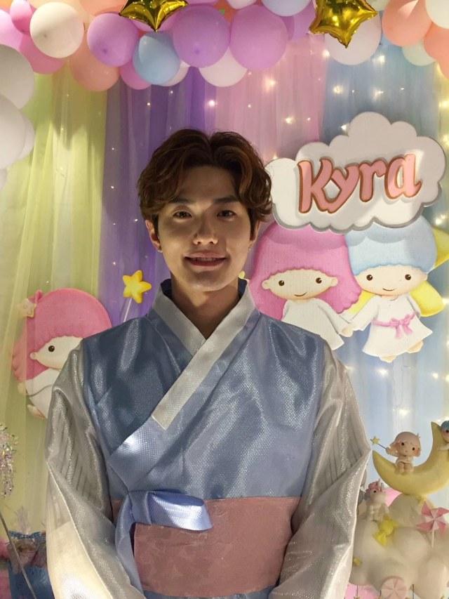 Ulang Tahun Putri Lee Jeong Hoon, POTRAIT