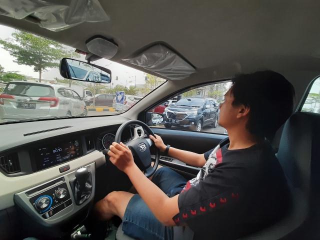 5 Kesalahan Pengemudi Mobil Manual yang Bikin Boros Bensin (37974)