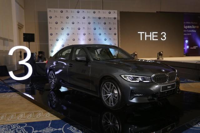 Genjot Jualan, Beli Mobil BMW Dapat Gratis Bensin   (989)