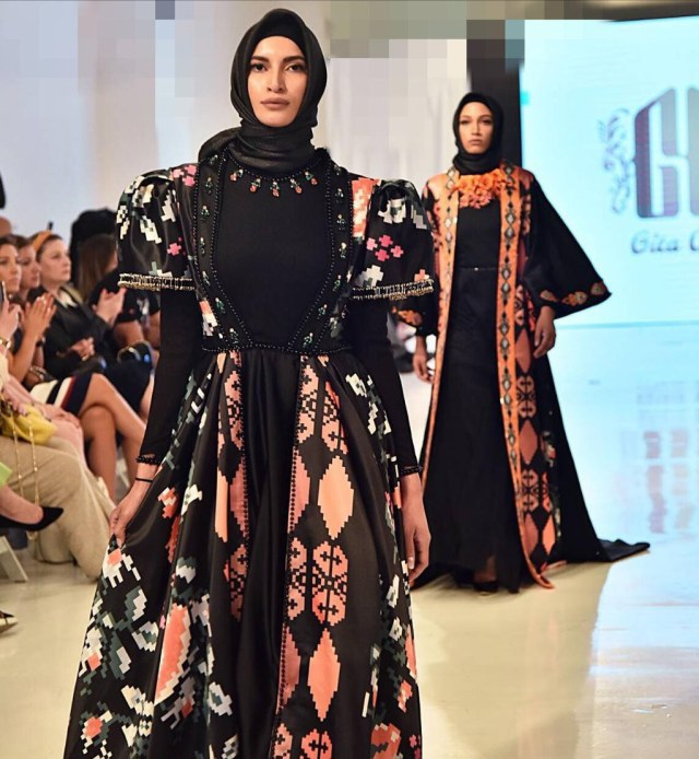 Gita Orlin Dari Surabaya Sukses Tembus Panggung Fashion New York Kumparan Com