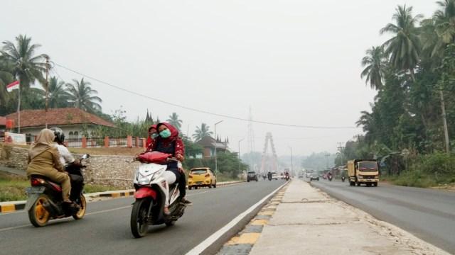 Imbas Kabut Asap: Kualitas Udara di Sumbar Masuk Kategori Tidak Sehat (3456)
