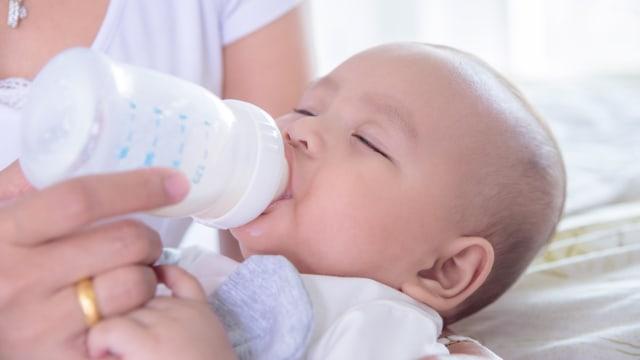 Bayi yang Diberi Susu Formula Tidak Dekat dengan Ibunya, Mitos atau Fakta? (219933)