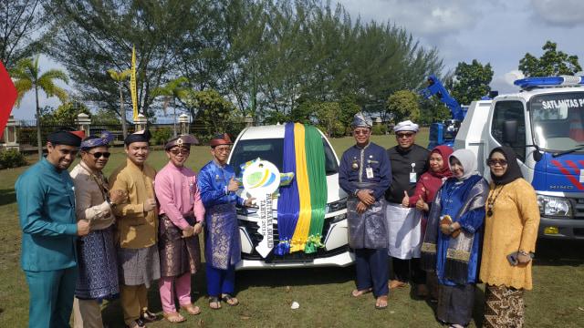 BPJS Ketenagakerjaan Hadiahi Mobil SUV ke Pemko Tanjungpinang (537777)