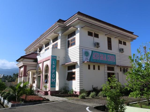 OTK Sebar Buku dan Selebaran Aliran Sesat ke Pedagang di Aceh Barat (75593)