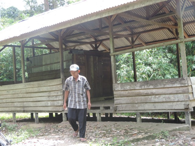 Melihat Palak Kaba' di Sekadau, Kalimantan Barat (200300)