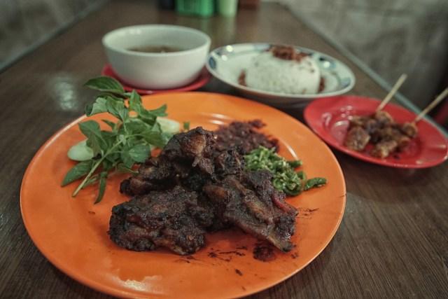 Lipsus, MRT Food Guide, Lilie Singkawang