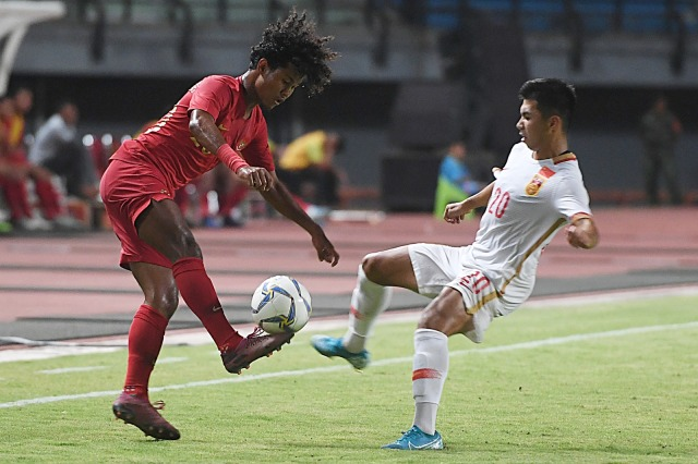 Timnas Indonesia U-19 melawan Timnas China U-19
