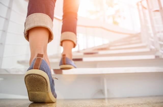 Ketahui Waktu Tepat untuk Berjalan Kaki yang Ampuh Turunkan Berat Badan (8771)