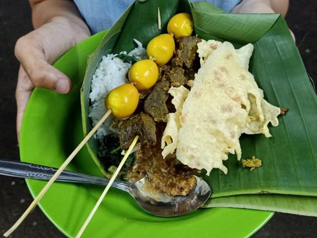 Warung Boma, Makan Pecel Enak Dekat Stasiun MRT Haji Nawi (386825)