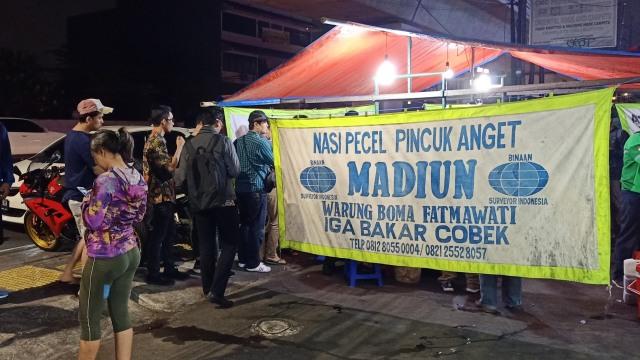 MRT Food Guide (313118)
