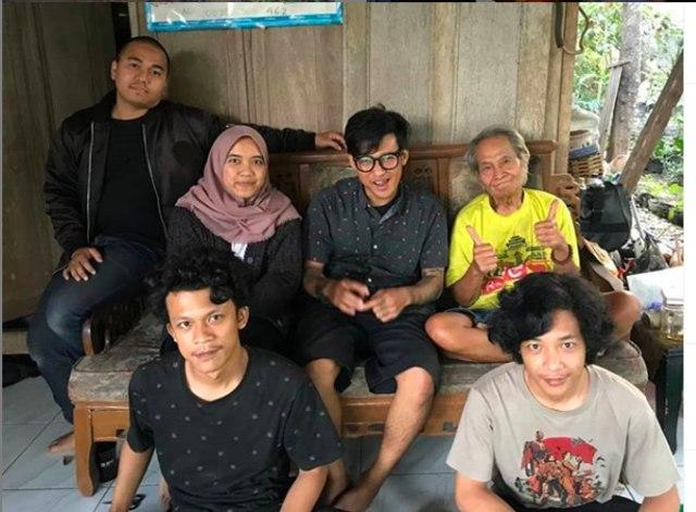 Bambang Sriyono, di Masa Pensiun Jatuh Cinta dengan Pohon  (67445)