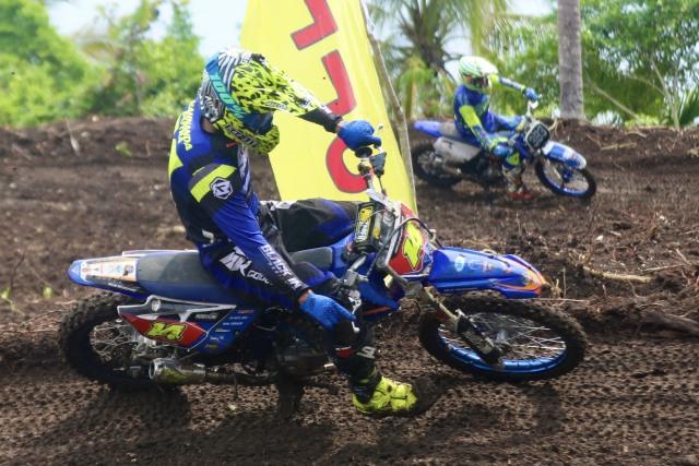 Foto: Aksi Pebalap Kejuaraan Nasional 'Grasstrack' di Sabang, Aceh (90089)
