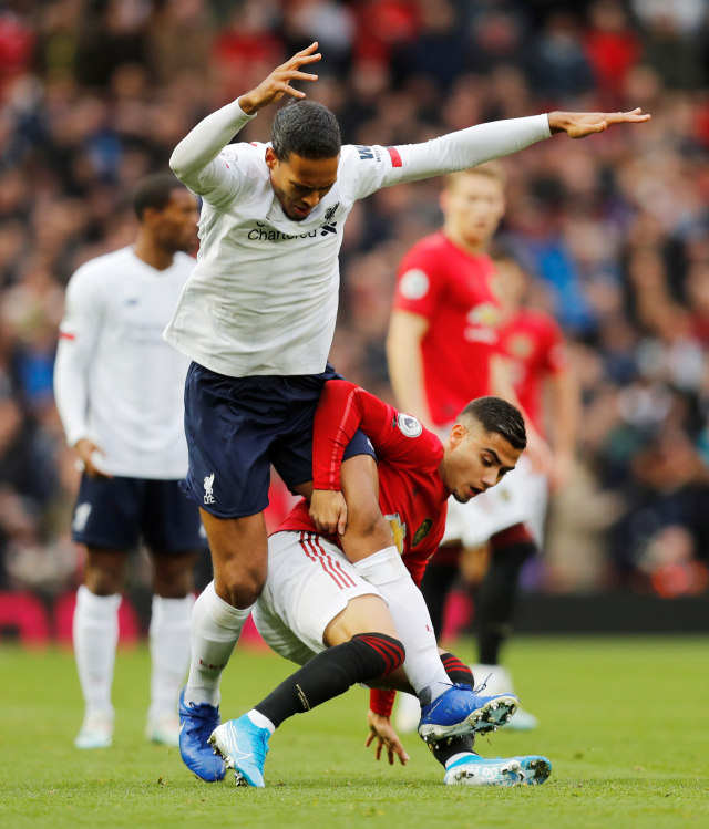 PTR, Pertandingan Manchester United vs Liverpool di Old Trafford, Manchester, Inggris