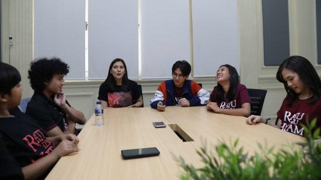 Foto: Bincang Santai dengan Para Pemain Film 'Ratu Ilmu Hitam' (289080)