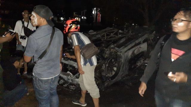 Kondisi mobil polisi yang terbakar