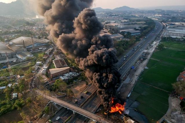 Fakta-fakta Kebakaran Pipa BBM Pertamina di Proyek Kereta Cepat (141810)