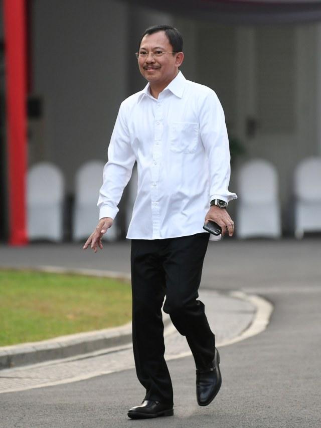 Pakai Baju Putih, Dokter Terawan Temui Jokowi di Istana (49265)