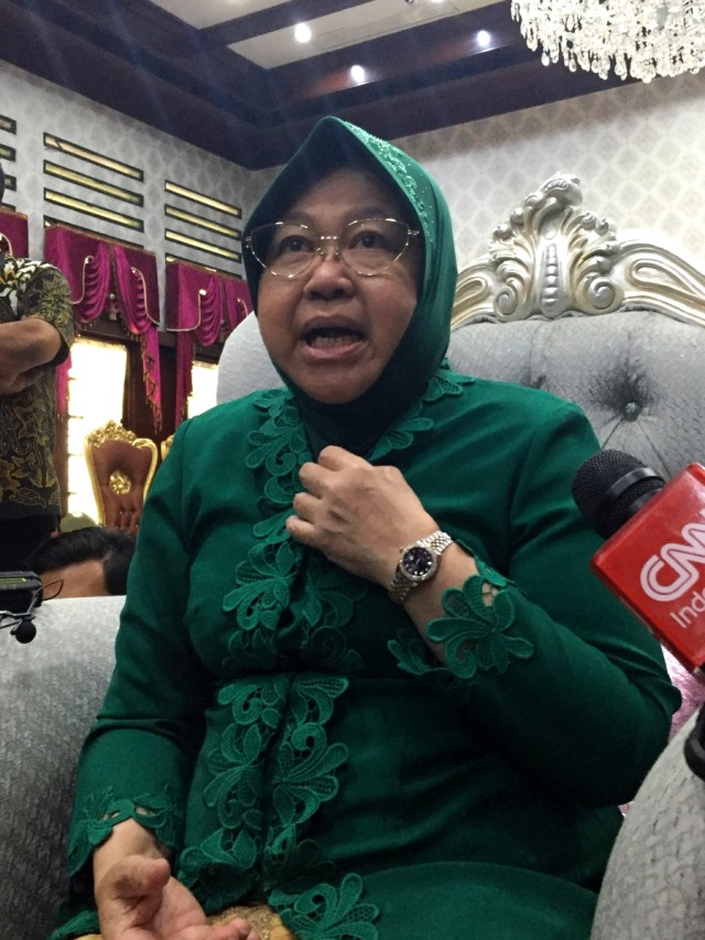 Potrait, Wali Kota Surabaya Tri Rismaharini, Risma