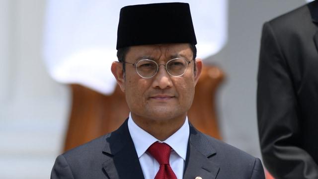 Jaksa KPK Minta Hak Politik Juliari Batubara Dicabut 4 Tahun (938678)