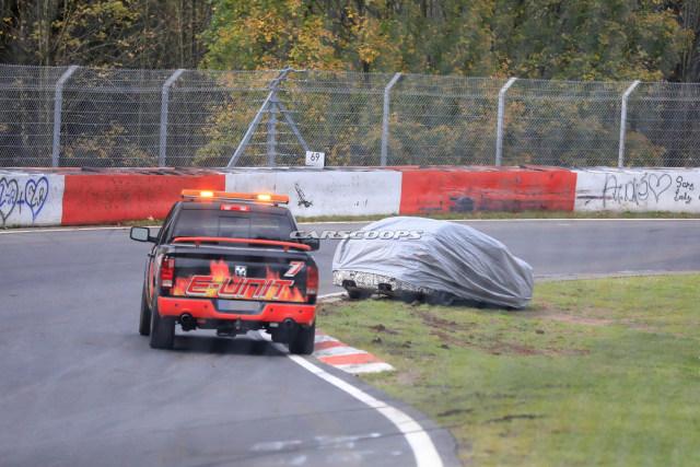 Ganasnya Sirkuit Nurburgring 'Memakan' Korban 2 Mobil Prototipe (300195)