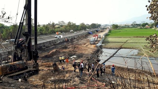 Kisah Kepanikan Warga Saat Kebakaran Pipa Pertamina di Cimahi (3163)