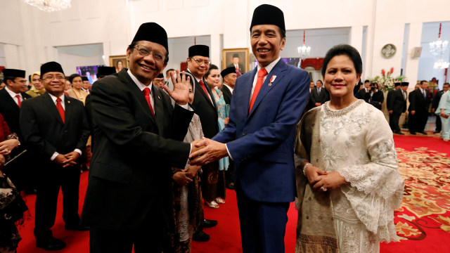 Busyro Nilai Mahfud Tak Bisa Desak Jokowi Terbitkan Perppu KPK (22175)