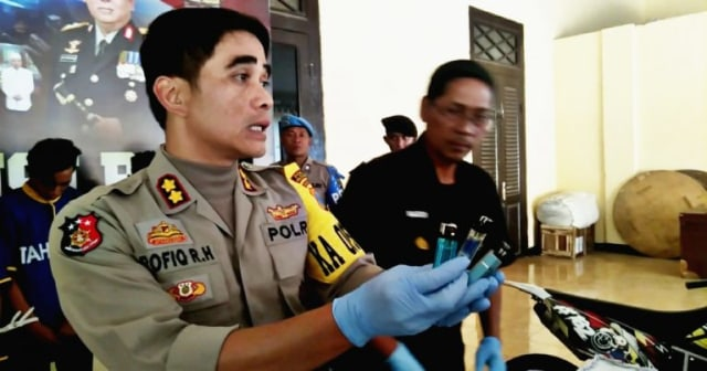 Polisi Tangkap 2 Terduga Pembakar Gunung Arjuno (12414)