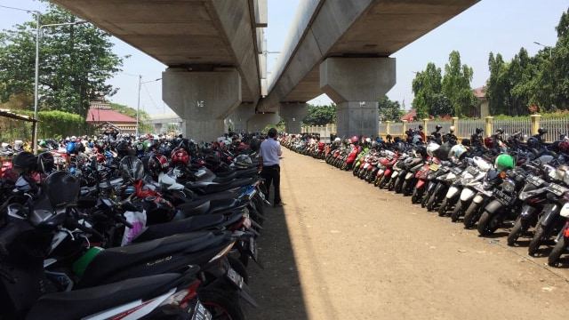 Pesona Park and Ride Belum Menggaet Hati Pengendara Motor (3064)