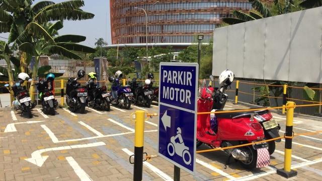 Pesona Park and Ride Belum Menggaet Hati Pengendara Motor (3063)