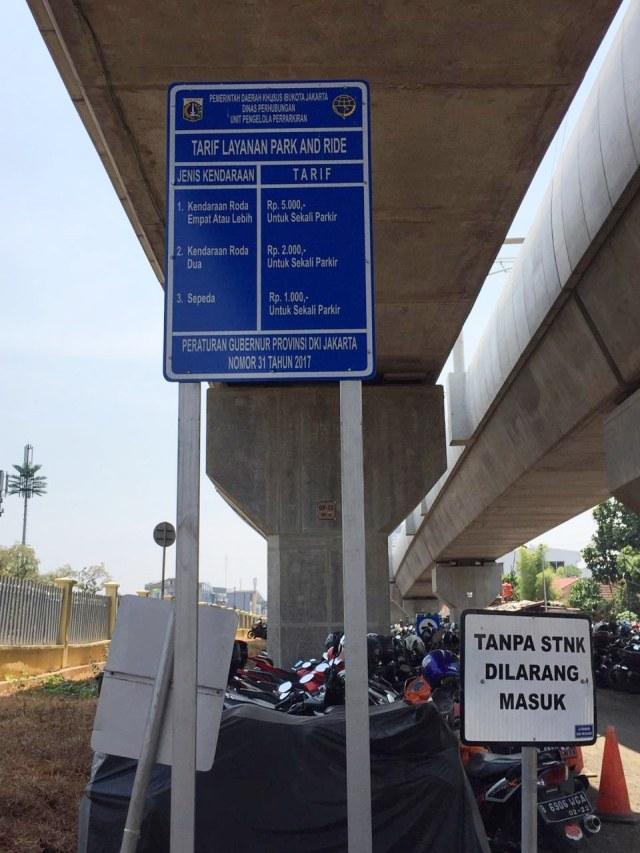 Pesona Park and Ride Belum Menggaet Hati Pengendara Motor (3062)