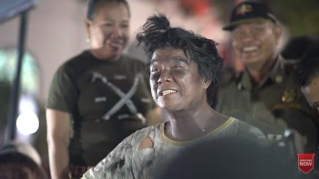 Andika Mahesa nge-prank jadi gembel dan ditangkap Satpol PP