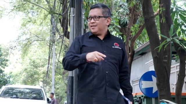 Hasto Kristiyanto berkunjung ke rumah Megawati