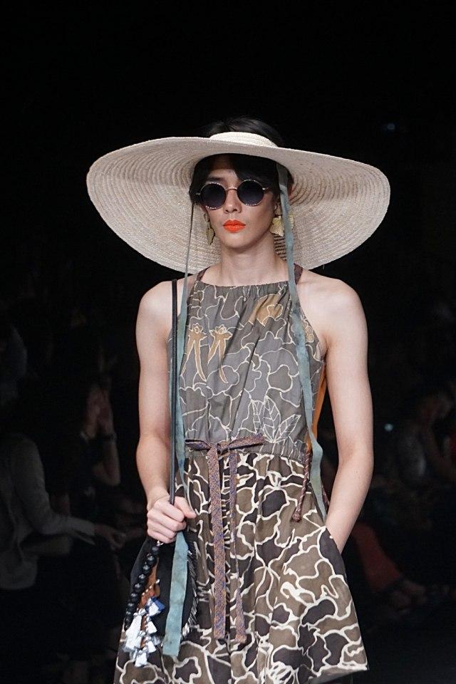 Konsep Eco Fashion dari Sumatra Utara Hiasi Jakarta Fashion Week 2020 (694661)