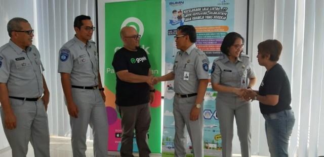 Pentingnya Dukungan Asuransi di Jalan olehPenyedia Jasa Transportasi (4020)