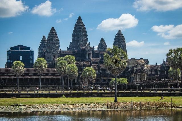 Candi Candi Cantik Yang Sangat Populer Di Angkor Siem Reap Kamboja Kumparan Com