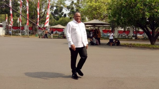 Mantan Bupati Jayawijaya, John Wempi, Dipanggil Jokowi (35763)