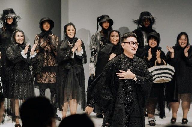 Meldi Kena Nyinyir Netizen Saat Tampil di Jakarta Fashion Week 2020 (21957)