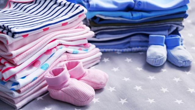 Daftar Perlengkapan Bepergian Bayi Baru Lahir yang Perlu Dibawa (45755)
