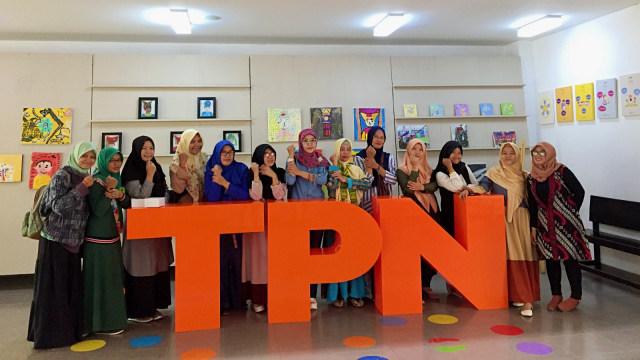 Perjuangan Wanti yang Tak Menyerah Mengajar di Pedalaman Kalimantan (131283)