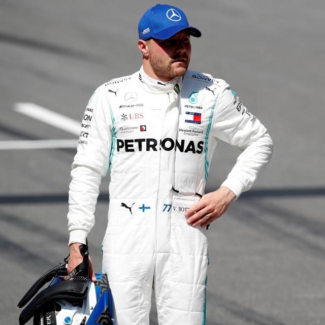 Hasil Kualifikasi F1 GP Inggris: Hamilton Raih Pole Postion Ketujuh Kalinya (203)