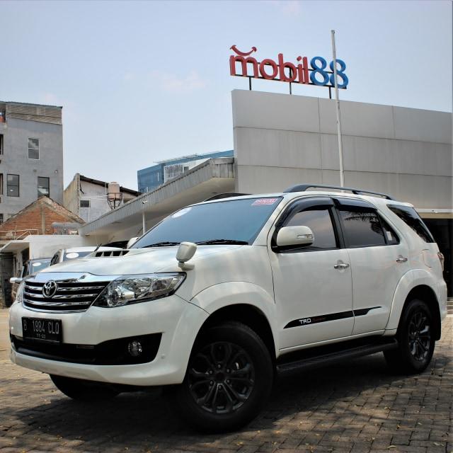 Toyota Fortuner Bekas: Solusi Murah untuk 'Naik Kelas' (89183)