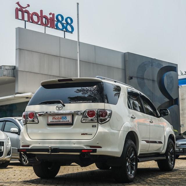 Toyota Fortuner Bekas: Solusi Murah untuk 'Naik Kelas' (89184)