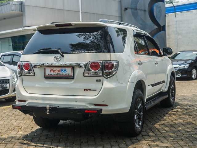 Toyota Fortuner Bekas: Solusi Murah untuk 'Naik Kelas' (89192)