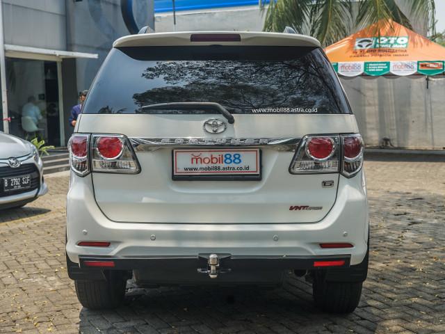 Toyota Fortuner Bekas: Solusi Murah untuk 'Naik Kelas' (89191)