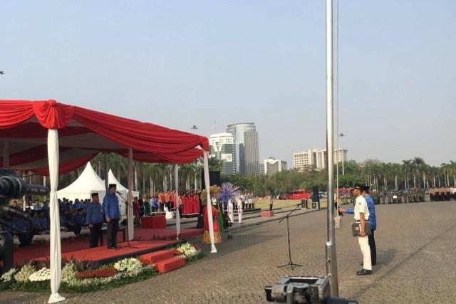 Gubernur DKI Jakarta Anies Baswedan Upacara peringatan Hari Sumpah Pemuda di Lapangan Monas