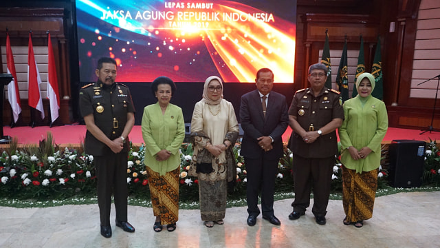 Foto: Serah Terima Jabatan Jaksa Agung dari Prasetyo ke ST Burhanuddin (59270)