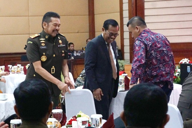 Foto: Serah Terima Jabatan Jaksa Agung dari Prasetyo ke ST Burhanuddin (59264)