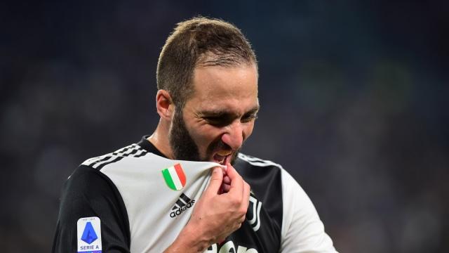 Gonzalo Higuain Tak Kunjung Kembali ke Turin, Juventus Cari Striker Baru? (6189)