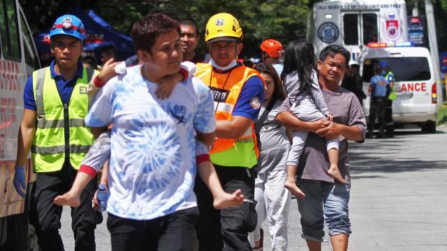 Foto: Gempa Kembali Guncang Filipina Bagian Selatan (101292)