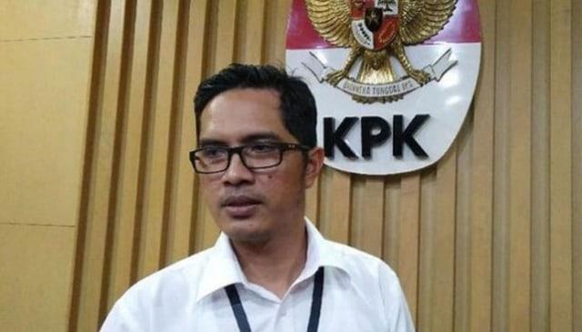 Dua Anak Dzulmi Eldin dan Sejumlah Kepala Dinas Diperiksa KPK (208246)